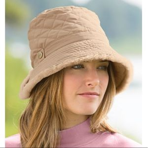 Ugg quilted shearling bucket hat